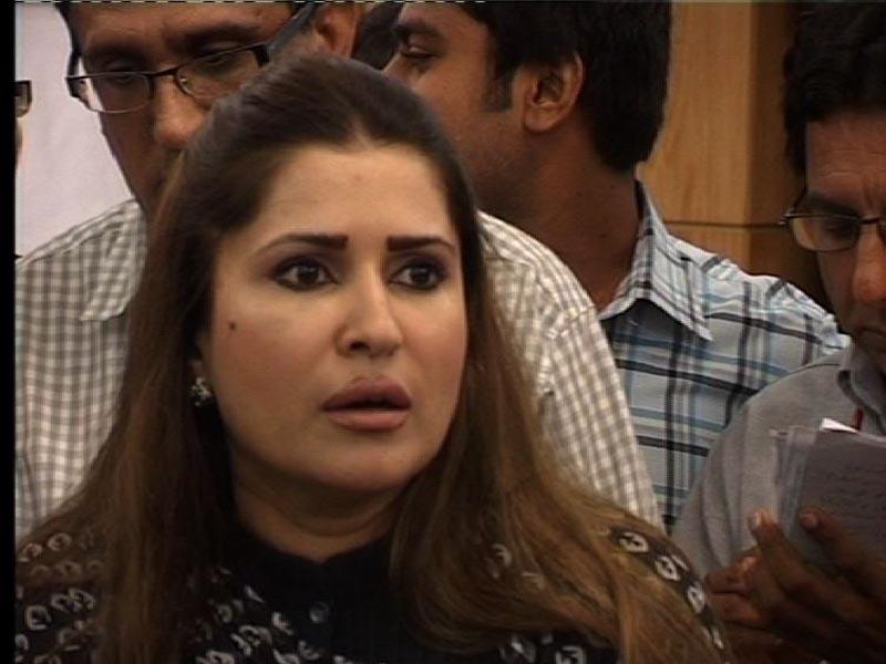 Shazia Marri hot