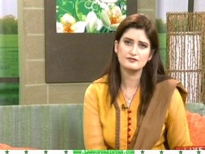 Paras Khursheed hot paki newscaster
