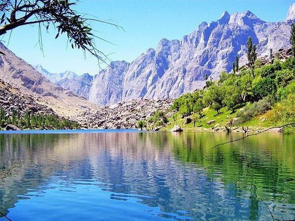 Kachura Lake Skardu picture