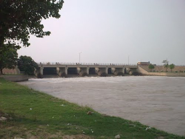 Marala Headworks Sialkot picture