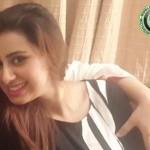 Madiha Naqvi hot hug with someone