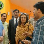 Marvi Memon with three men pic, Marvi Memon hot image