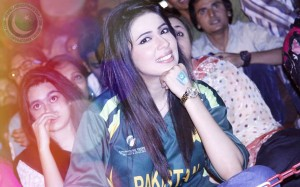 Sehrish Asif hot pic, Sehrish Asif t shirt pic