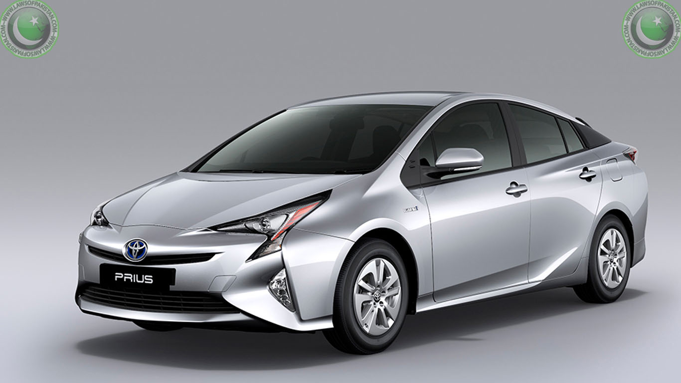 2017 toyota prius features. Black Bedroom Furniture Sets. Home Design Ideas